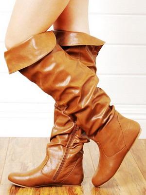 Модні осінні чоботи 2015 можуть бути і без каблуків. Всі актуальні види  взуття  чоботи-панчохи 61a089173598b