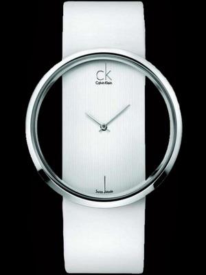 Новые яркие женские часы от Swatch