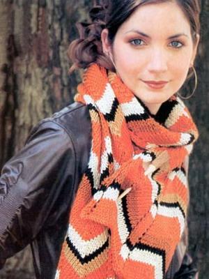 Вязаные шарфы с вышивкой