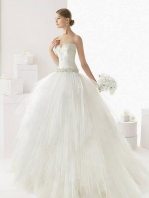 Шикарные свадебные платья 2015