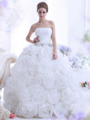 Самые пышные и красивые свадебные платья 2018: фото и тренды
