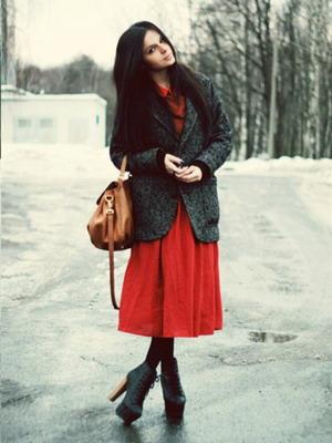 Теплые юбки по колено