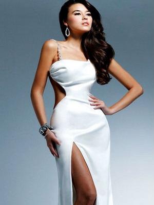 Платья короткие от модельеров мира