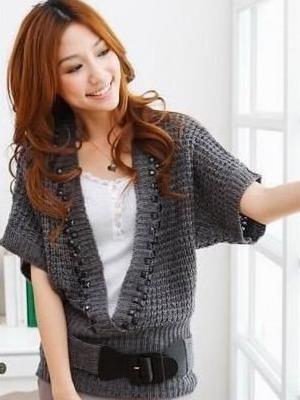 65a353f212c Модные вязаные кофты в 2019 году  фото и мода на зиму для женских теплых  кофт