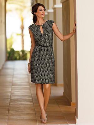 16e2944b5d7 Красивые и модные летние платья в 2019 году  фото фасонов и мода на ...