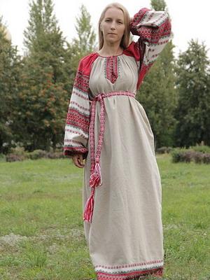 Женское русское народное платье