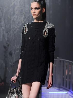 Зимой 2015 года вязаные платья