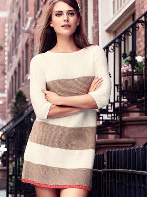 Классическое вязаное крючком платье
