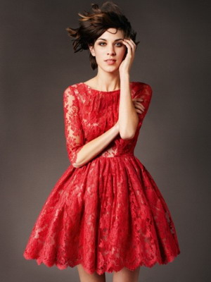 Фотоссесия в коротком красном платье