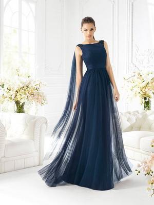 4f9d5aaa9d8 Модные вечерние платья 2019  фото сильных коротких и длинных моделей
