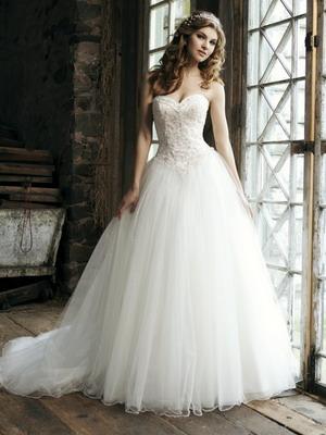 Свадебное платье из стекляруса