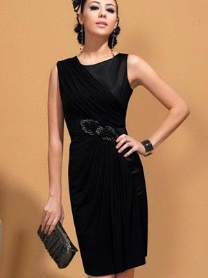 платья черного цвета фото: