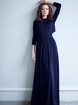 Как красиво носить длинное платье