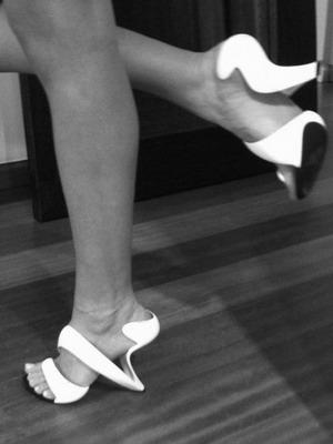Туфли на необычном каблуке