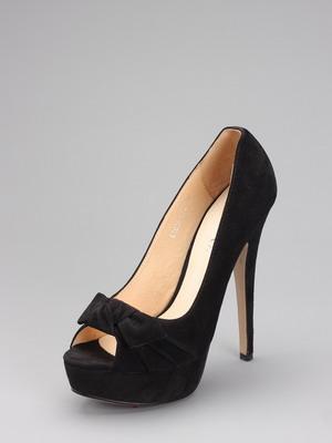 С чем носить туфли на каблуке