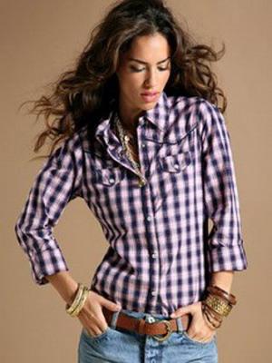69374c6dc2b Простота и яркость модных клетчатых рубашек вносят в повседневные образы  самодостаточность