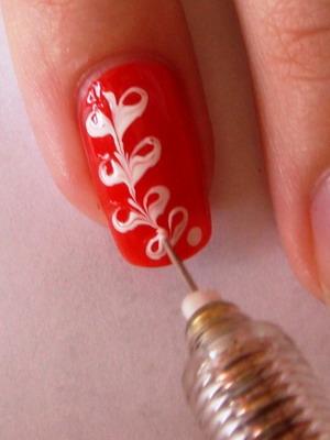 Роспись ногтей лаком