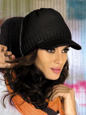 Стильные молодежные шапки: кепки