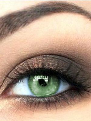 Зеленые глаза макияж тушь