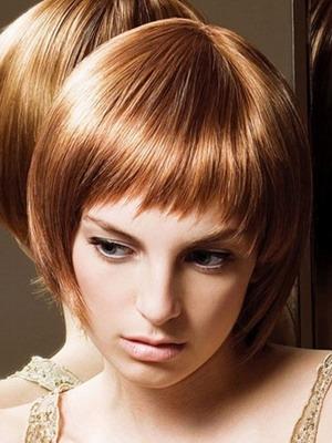 Фото стрижки с челкой для средней длины волос