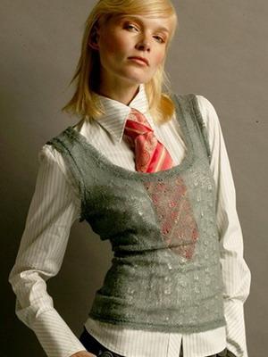 Когда и почему женщины начали носить галстуки 83