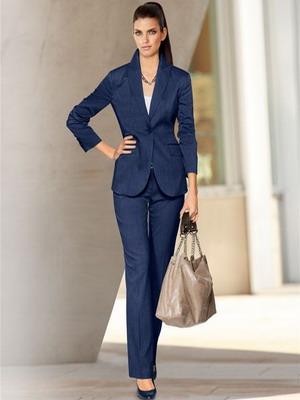 деловой макияж под синий костюм