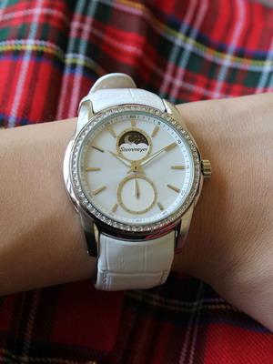 Женщин часы стоимость для новгороде великом продать часы ссср в