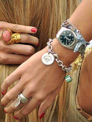 Часы для деловой женщины  какие наручные часы выбрать деловой женщине de937ce1bbb
