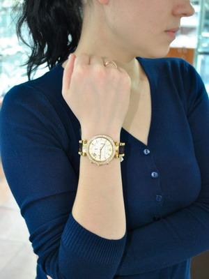 ... носить крупные мужские часы. И ещё один совет на тему того, какие  наручные часы лучше выбрать – сделайте выбор в пользу аксессуара с четким  циферблатом. a4503dbfba5