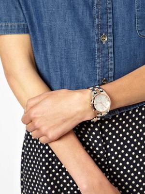 Как правильно носить часы с металлическим браслетом