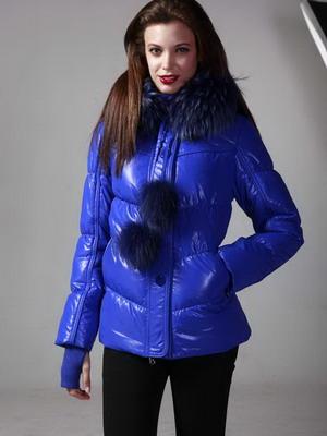 2a8ff61362da Болоньевые куртка на осень 2019 и фото женских болоньевых курток для ...
