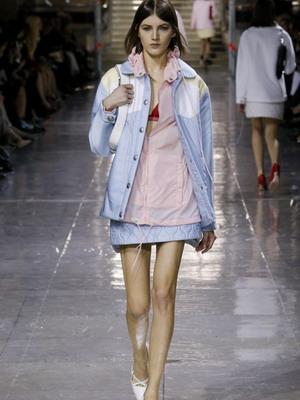 Які модні моделі курток в тренді восени-2015 (сайт для жінок)  de05f87edca0c