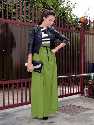 Кожаная куртка и длинная юбка фото