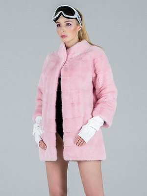 Στην αγορά προϊόντων γούνας υπάρχουν επίσης στρώσεις σκόνης ελαφρώς μπεζ-ροζ  χρώματος. Ωστόσο 58062e6de95