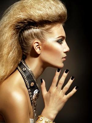 Причёска в стиле 90-х