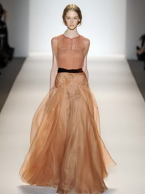 Модные платья от мировых дизайнеров