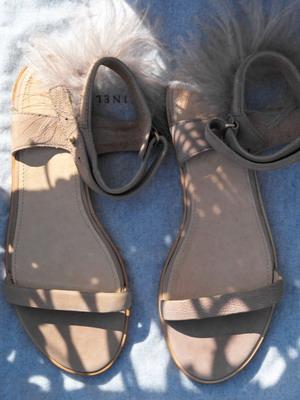 Босоножки-2018 без каблука и фото женских летних босоножек в разных стилях