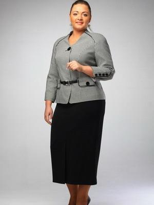 Женские костюмы делового стиля