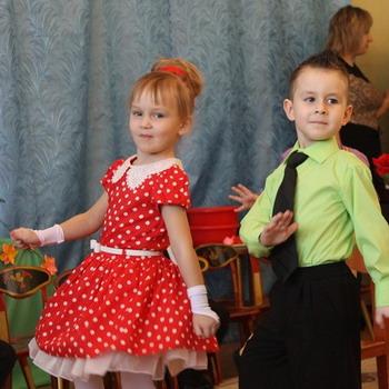 Детские костюмы в стиле стиляг и фото костюмов для девочек и мальчиков