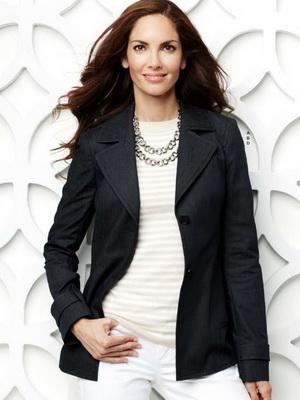 ef72a67c3eb Стильная одежда для женщин 40 лет фото-примеры и советы – Блог о ...