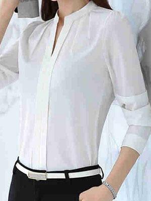 42b17484cbd Фото предлагаемых белых блузок для офиса помогут определиться при выборе  делового образа